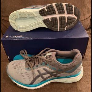New Asics GT 1000 7 Women's Running Shoes Sz 7